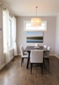 tips for decorating with wall art